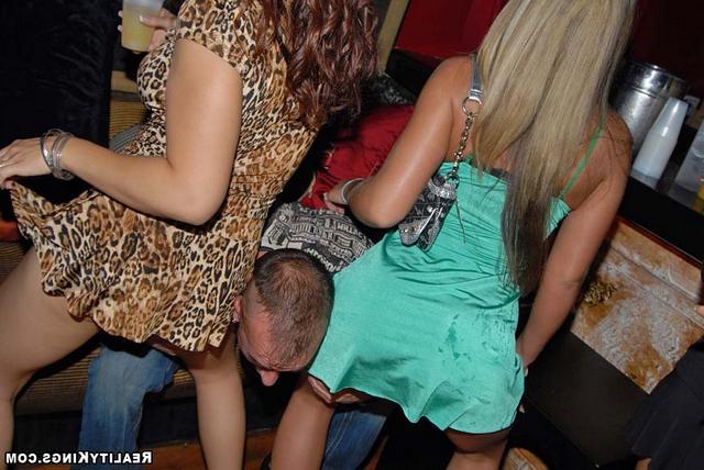 Пьяная барышня, себе не супруга